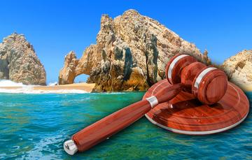 La legislación ambiental de México tiene como eje rector la Ley General del Equilibrio Ecológico y Protección al Ambiente (LGEEPA), promulgada el 28 de enero 1988, cuya inspección y fiscalización recae en la PROFEPA