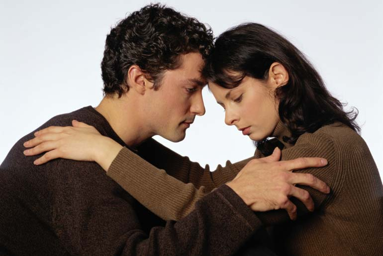 Generalmente la violencia se presenta de forma cíclica en un círculo vicioso en el que tanto el hombre como la mujer se encuentran atrapados
