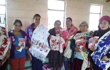 Artesanas de Hidalgo beneficiadas por la vertiente de Acopios de artesanías
