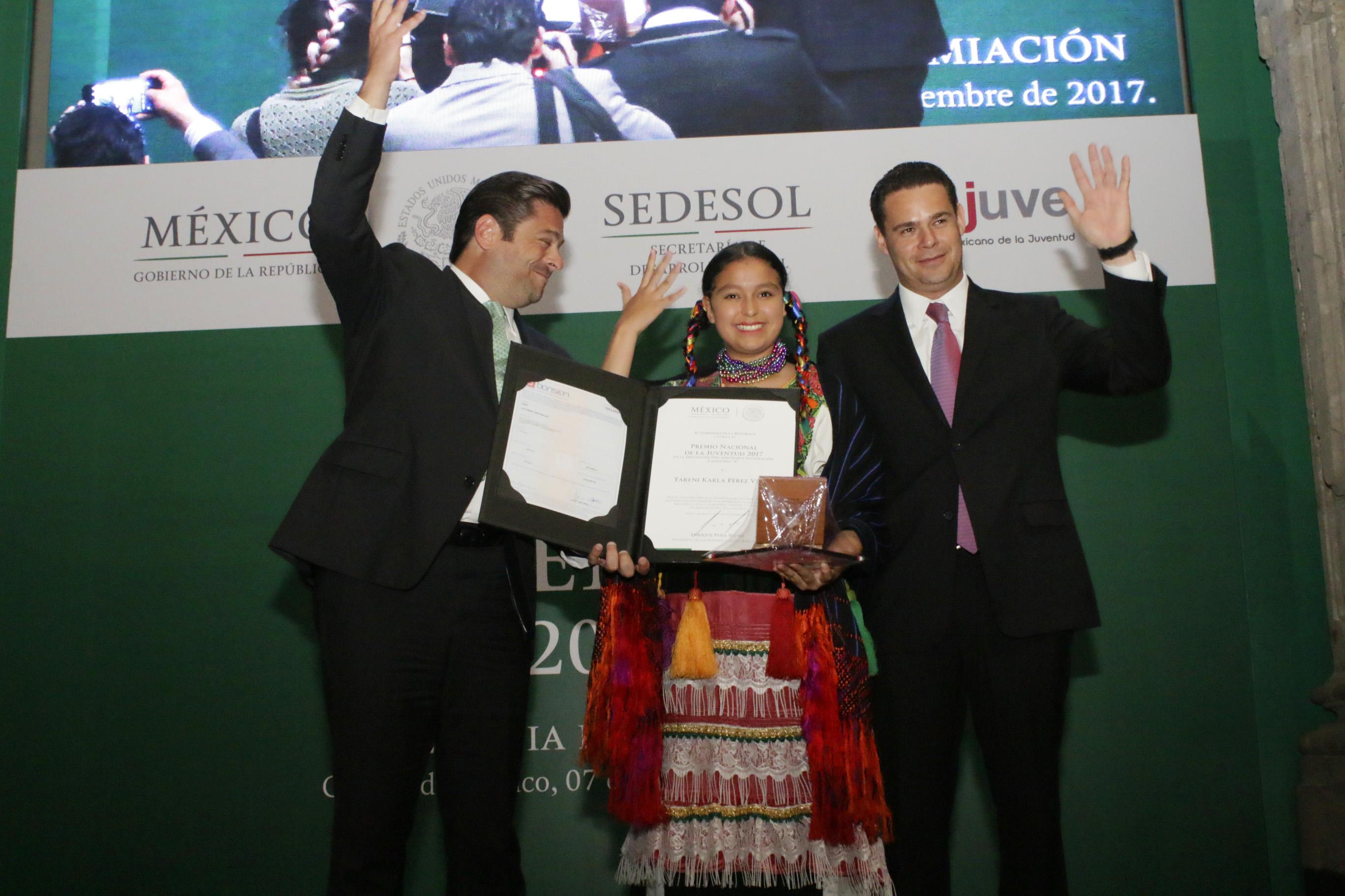 Entrega de Premio Nacional de la Juventud 2017