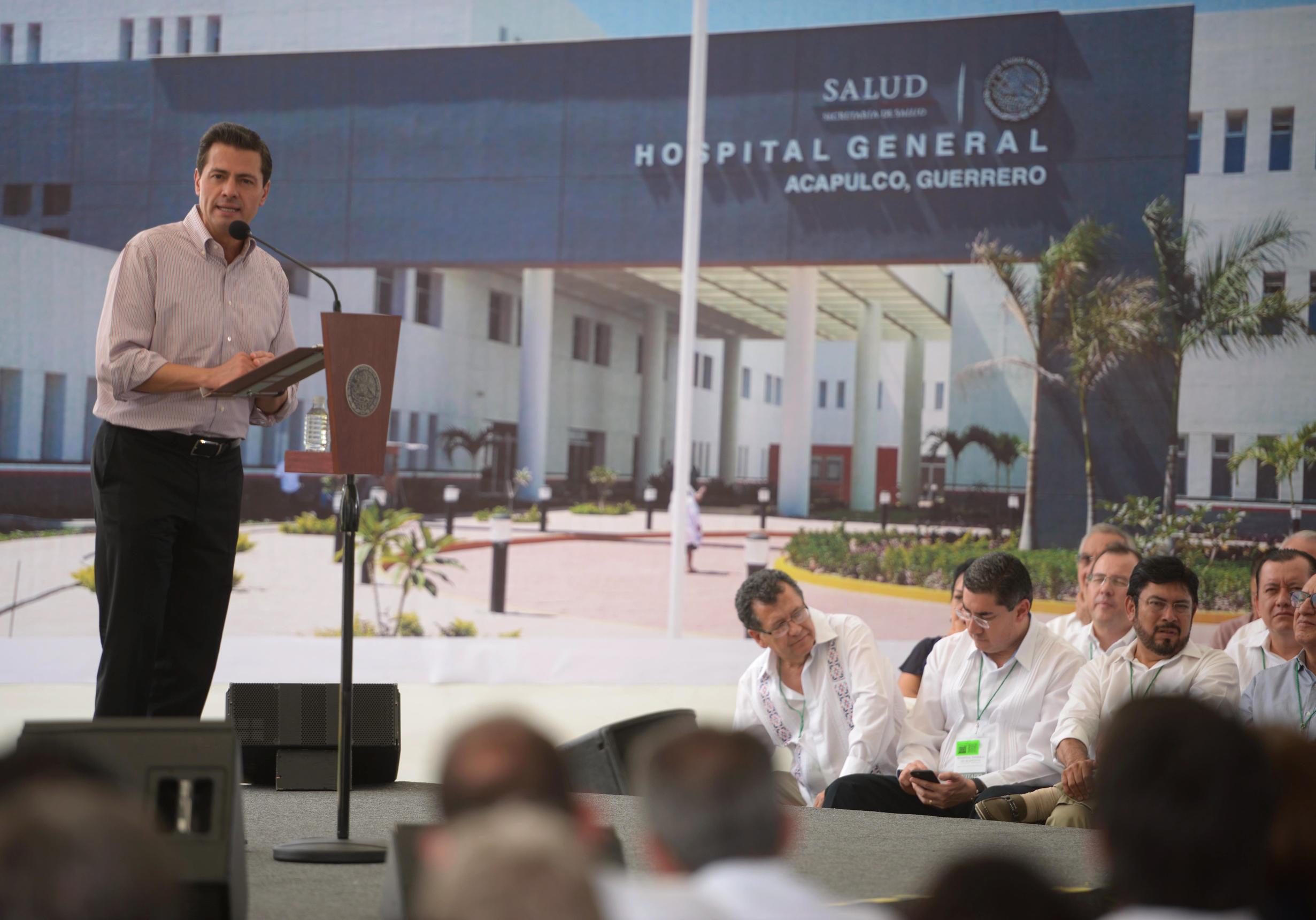 El Titular del Ejecutivo Federal dijo que el nuevo Hospital General de Acapulco fue una obra comprometida en una de las visitas que realizó a esta entidad para atender a la población afectada por los huracanesIngridyManuel, en 2013.