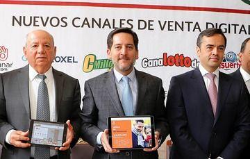El Director General de Pronósticos para la Asistencia Pública, Licenciado Eugenio Garza Riva Palacio, en conferencia de prensa para promover el juego en línea a través de diversos dispositivos móviles