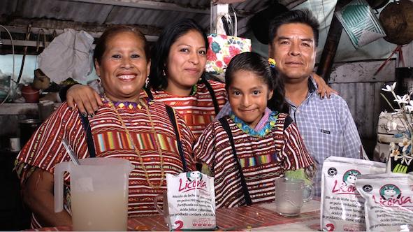 En cumplimiento de la meta de la Estrategia Nacional de Inclusión, en cinco años, Liconsa, incrementó en 425 mil 129 el número de personas beneficiarias que viven en zonas rurales e indígenas de nuestro país.