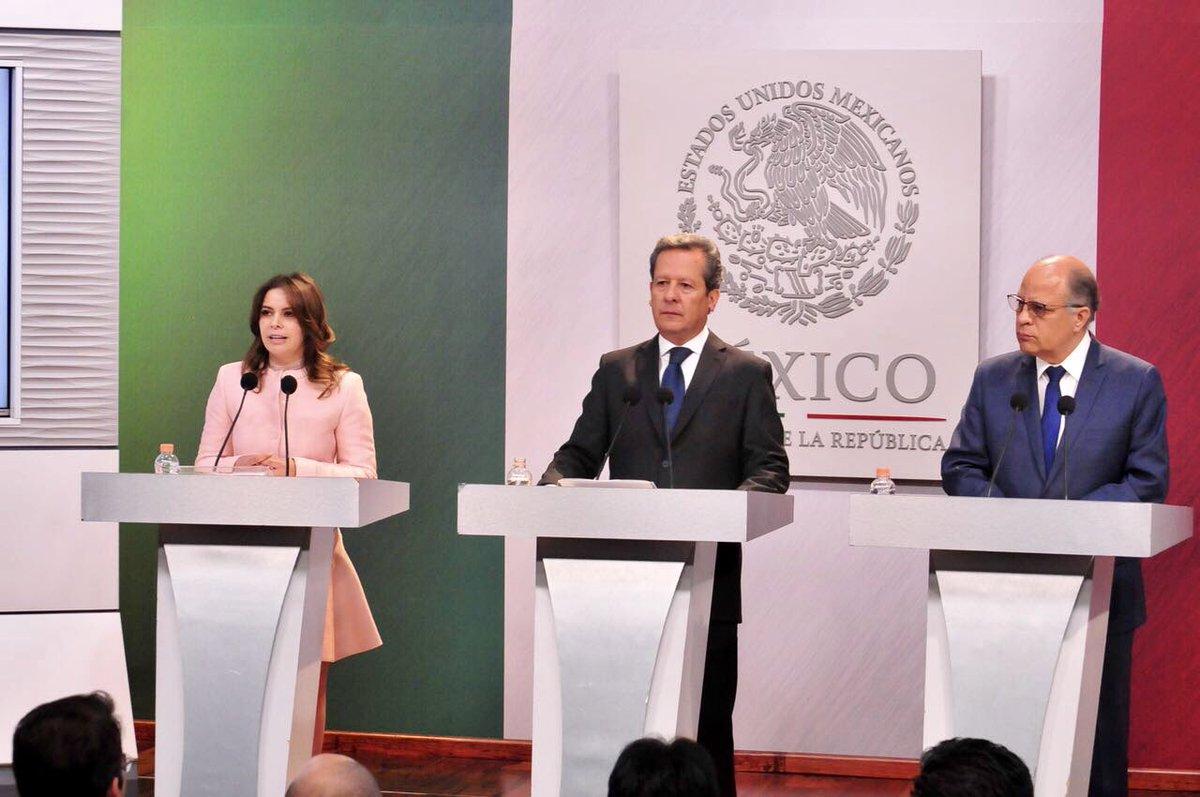 Conferencia de prensa con el Coordinador General y Vocero del Gobierno de la República, Eduardo Sánchez Hernández.