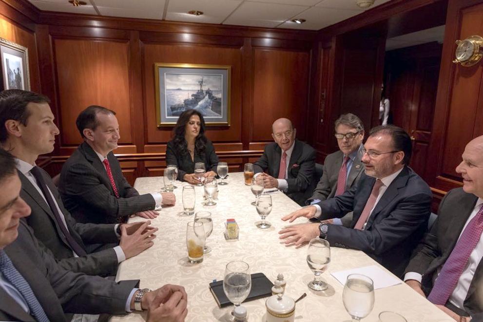 Se reúne el Canciller Videgaray con funcionarios de alto nivel del gobierno de EEUU