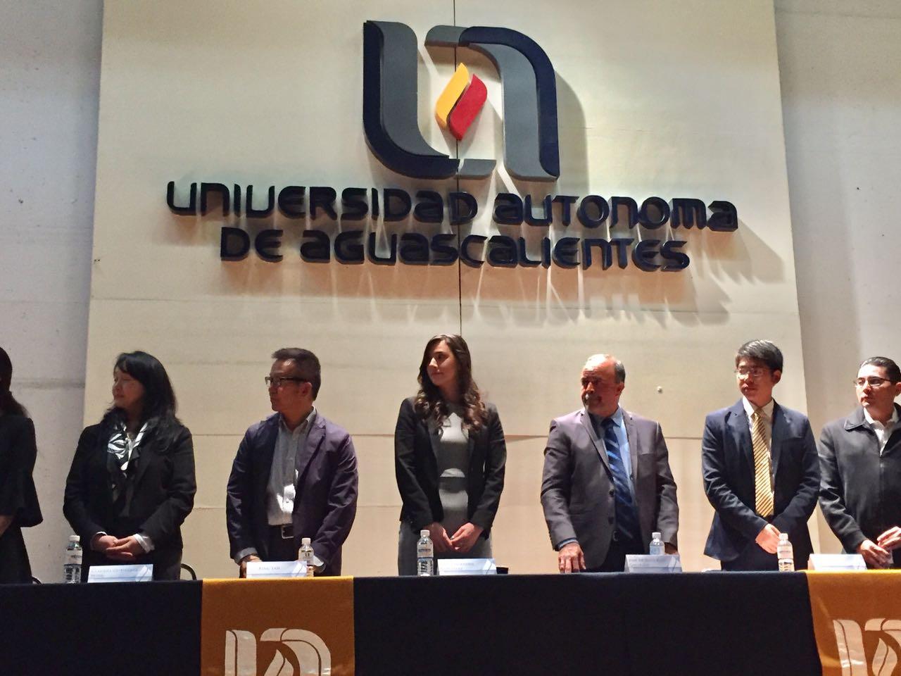 El Instituto de los Mexicanos en el Exterior participa en Taller NANOMXCN