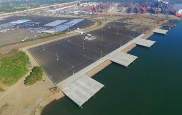 Terminal Especializada en Automóviles en el Puerto de Lázaro Cárdenas