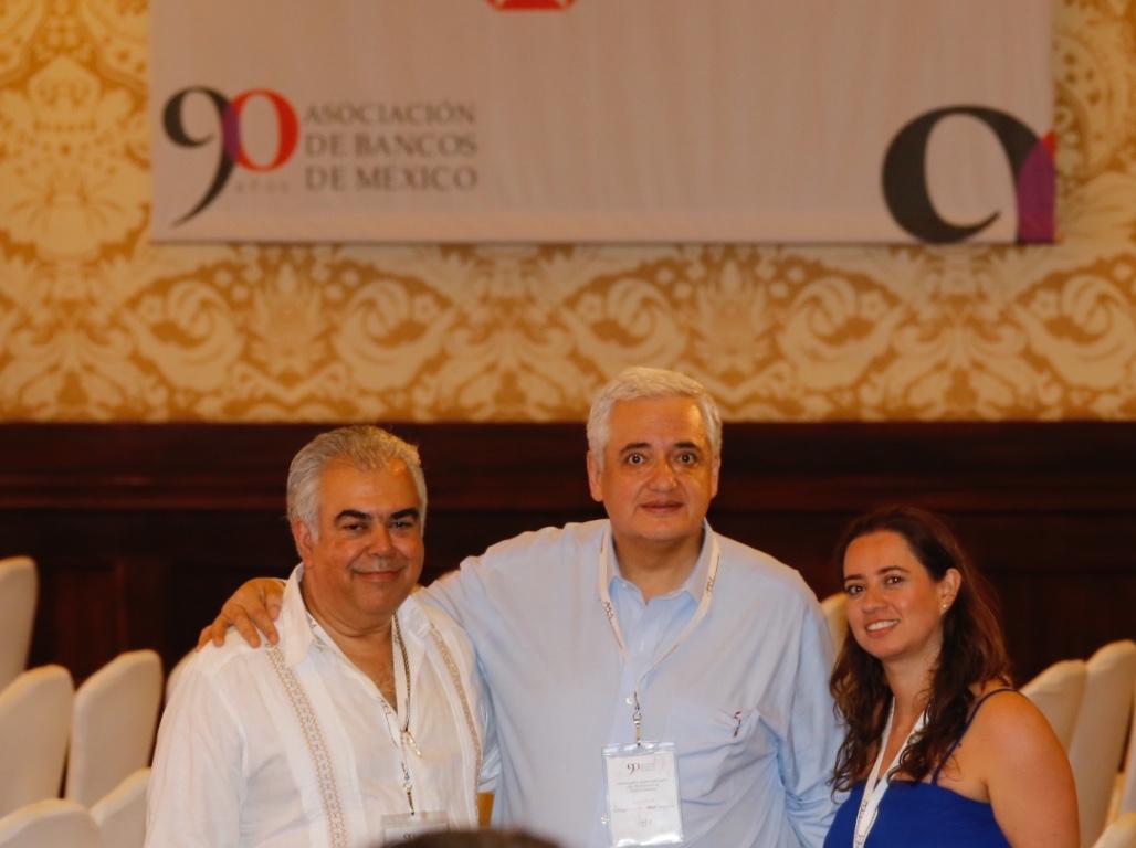 Asiste el Vocal Ejecutivo del FOVISSSTE a la 81ª Convención Bancaria
