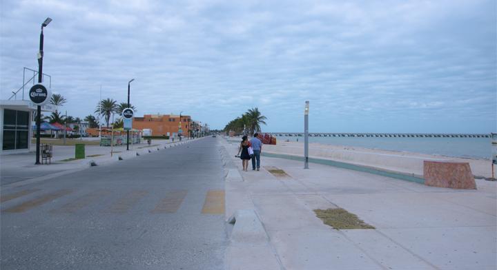 Banobras financió la remodelación del malecón de Progreso en Yucatán.