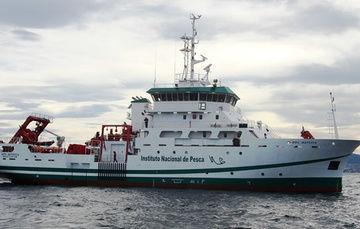 Entregan nuevo buque de investigación pesquera y oceanográfica a SAGARPA