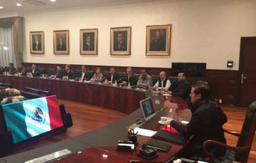 EL Presidente Enrique Peña Nieto les instruyó para realizar una evaluación de los mecanismos de cooperación que cada entidad tenga vigentes con el Gobierno Federal de los Estados Unidos de América.