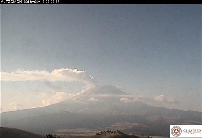 En las últimas 24 horas, por medio de los sistemas de monitoreo del volcán Popocatépetl, se identificaron 46 exhalaciones de baja intensidad acompañadas de vapor de agua y gas. Además de una explosión registrada por la tarde de ayer a las 17:07 h.