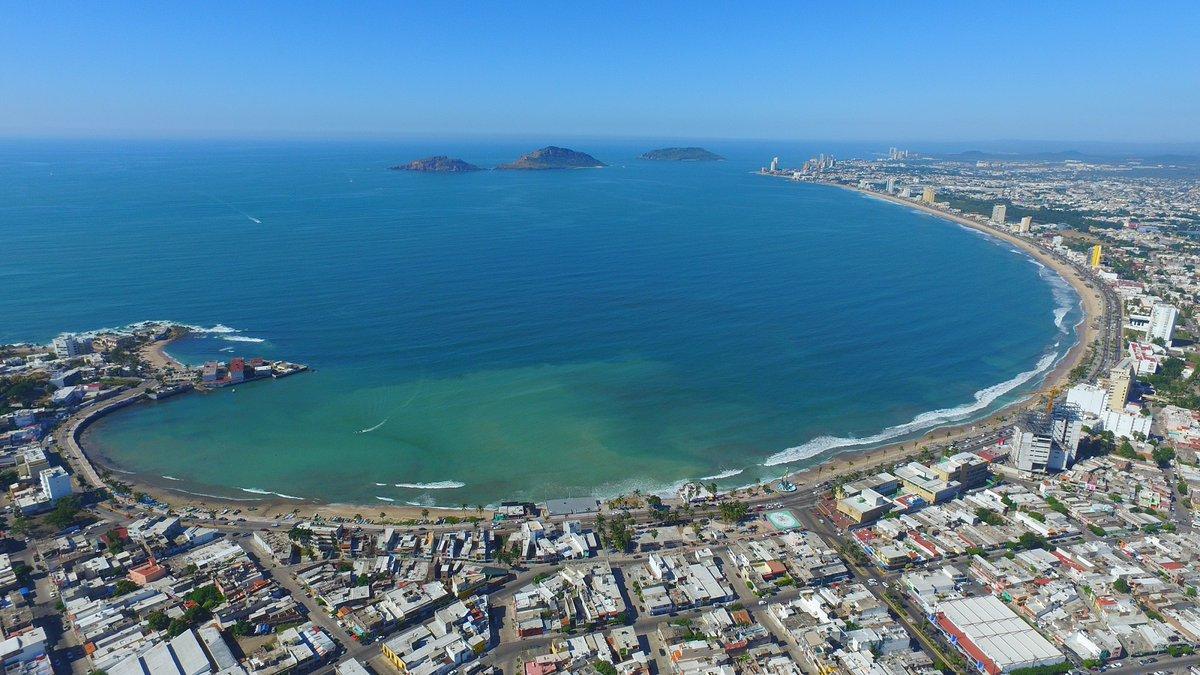 Firma del acuerdo para la modernización del Puerto de Mazatlán