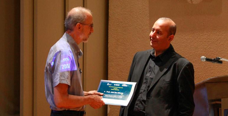 Prof. Jalel Ben Othman, conferencista distinguido del IEEE, impartió la conferencia como parte de su visita por México y otros países de Latinoamérica.