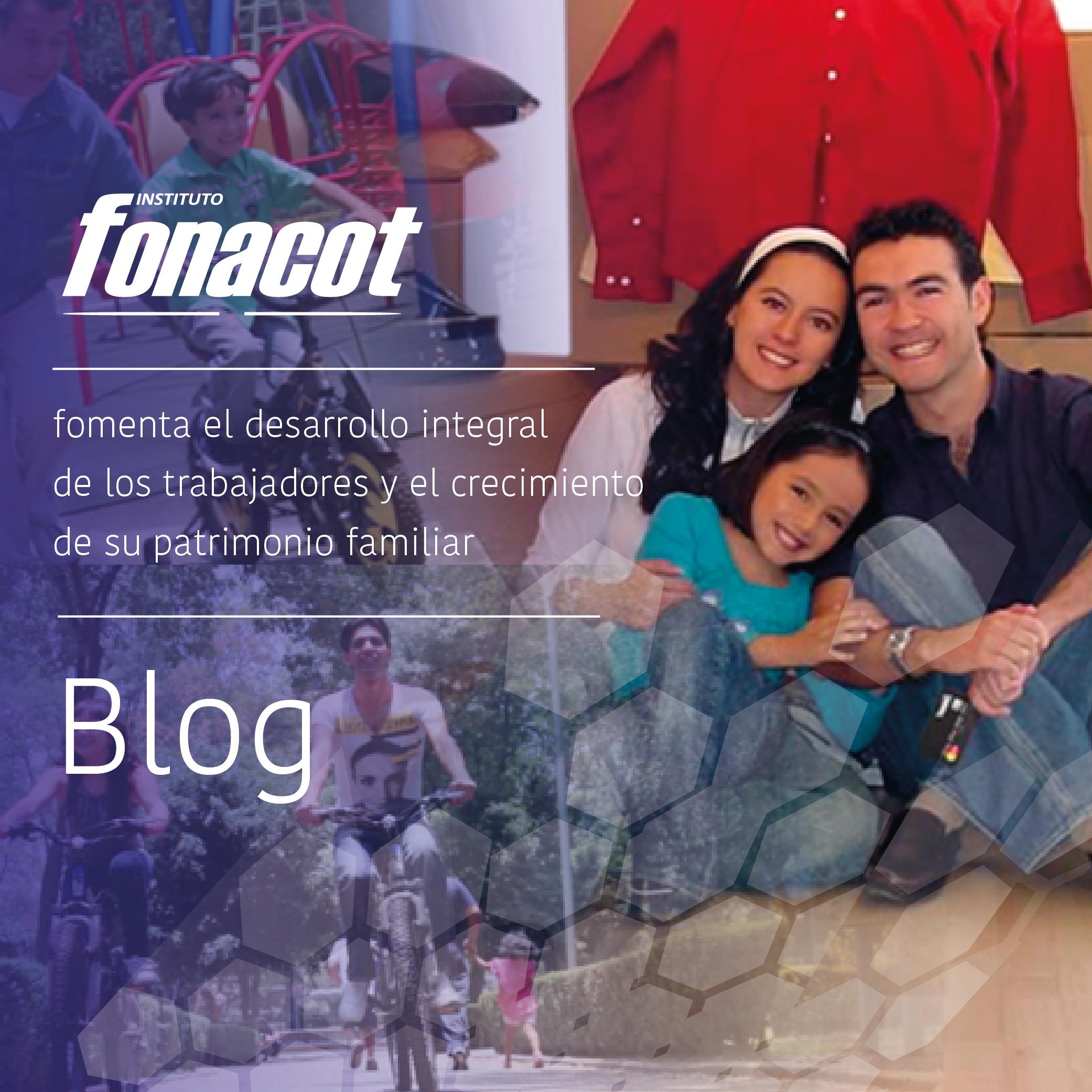 La imagen muestra una familia abrazada, sonriendo y unida, un niño  y un joven en bicicleta, promueve la unión familiar.