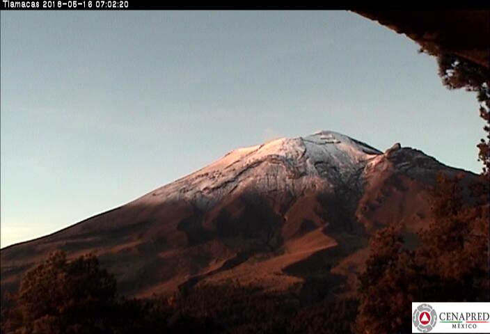 En las últimas 24 horas, por medio de los sistemas de monitoreo del volcán Popocatépetl, se identificaron 68 exhalaciones  y tres sismos volcanotectónicos  ayer a las 10:41, 15:00 y y 19:02 h, con magnitud de 1.5, 2.1, y 1.9, respectivamente.