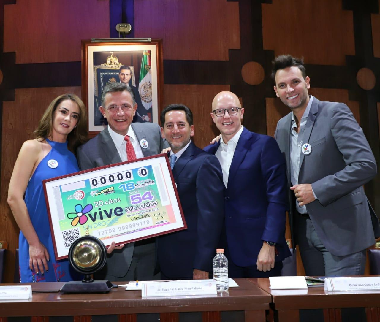 El Premio Mayor de 18 millones de pesos correspondió al billete de No. 48131; el segundo premio por un monto de un millón 500 mil pesos correspondió al billete No. 16850; el tercer premio por un monto de 750 mil pesos correspondió al billete No. 59686