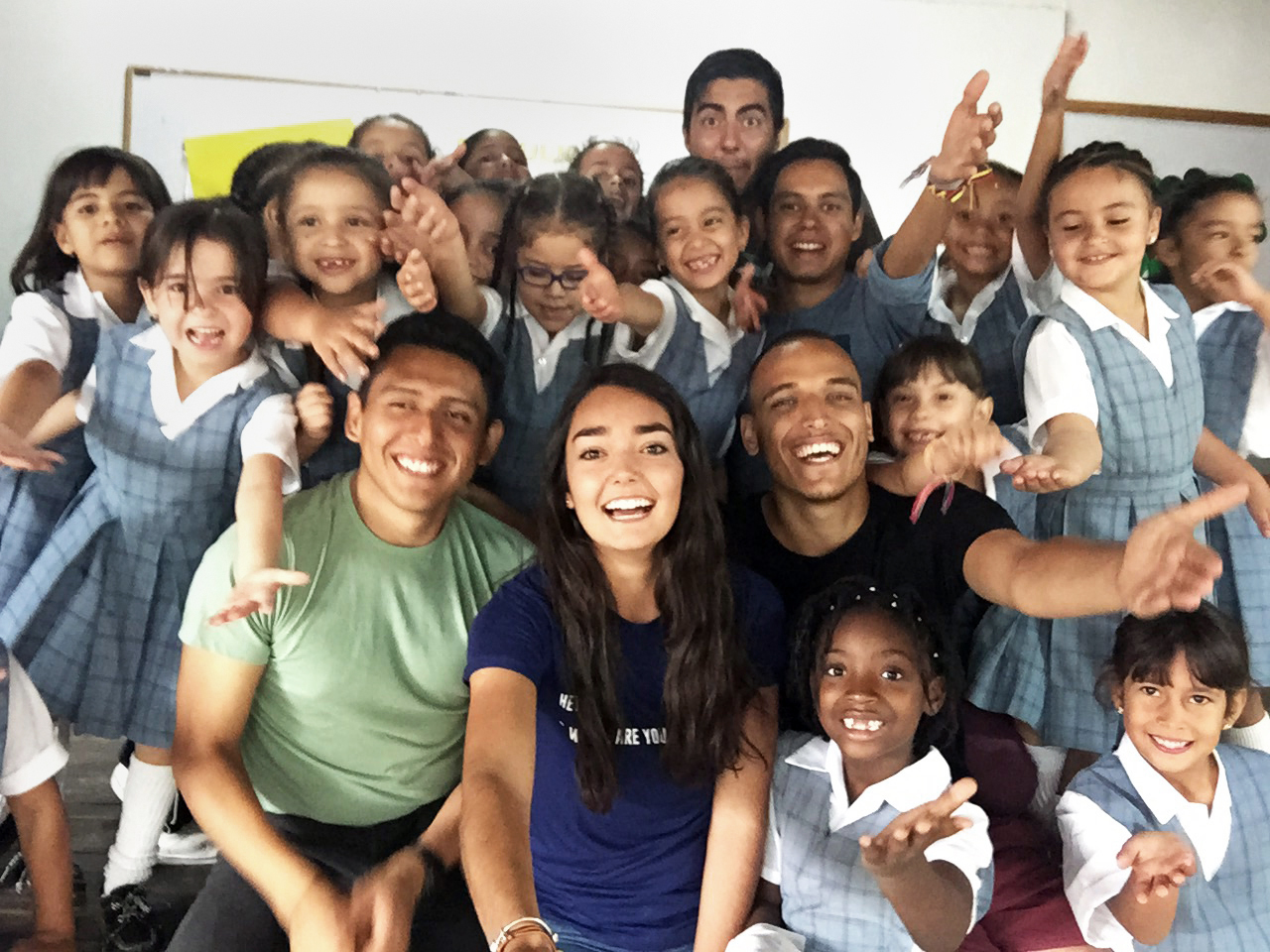 "Jóvenes participantes de ""Rumbo Joven"""