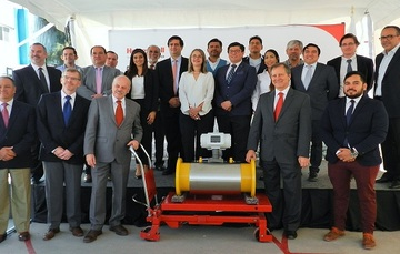 CENAM agradece a la empresa Honeywell, la donación del medidor de flujo. Con éste, se cubrirán las necesidades de calibración del  sector industrial