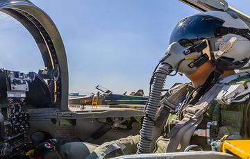 Piloto de la Fuerza Aérea Mexicana.