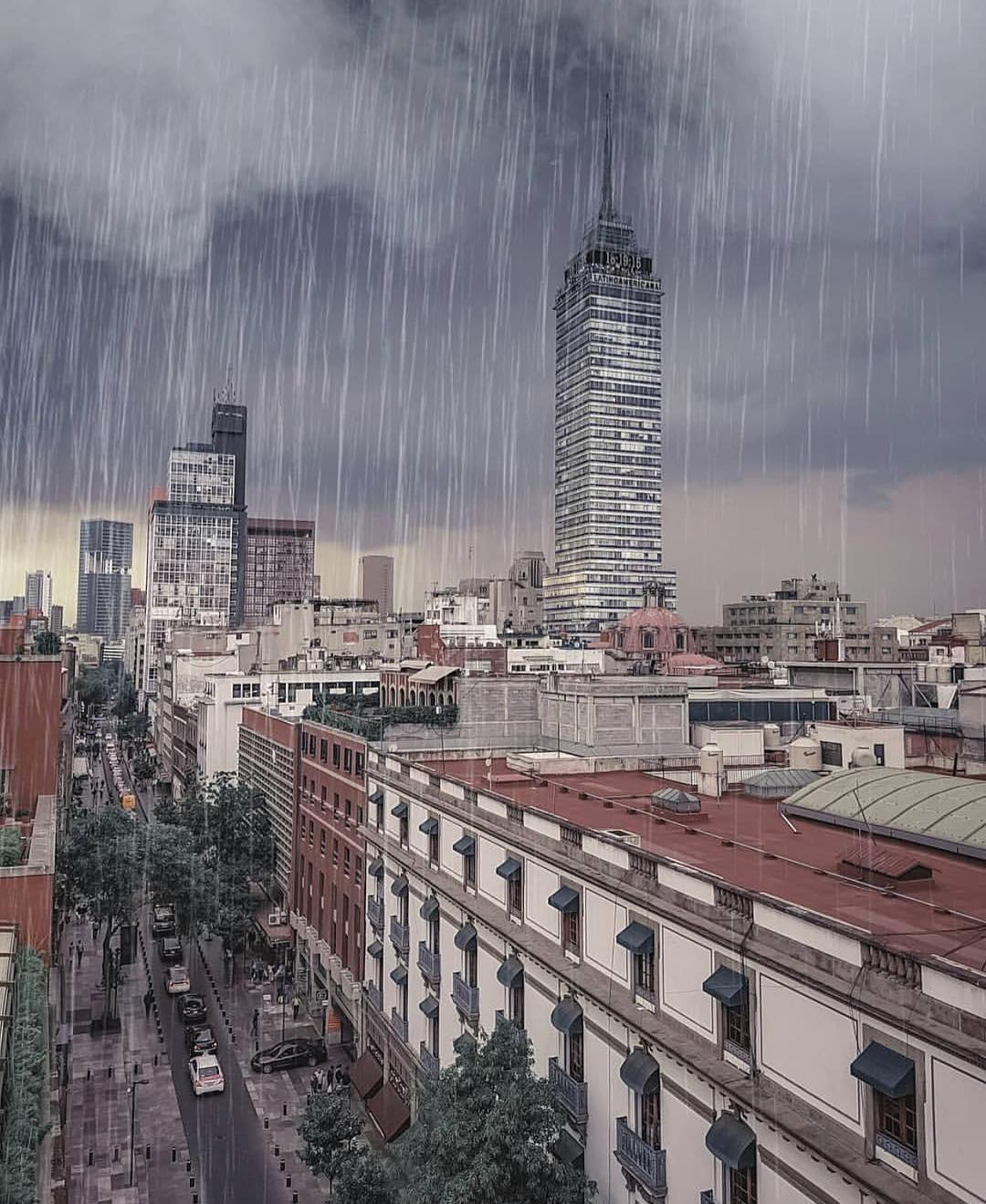 La frecuencia y distribución de las lluvias se modifica de una zona a otra y de temporada en temporada.
