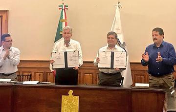 La subscripción por parte del Gobierno del Estado de Nuevo León al Convenio de Adhesión al Acuerdo que establece las bases y lineamientos en materia inmobiliario.