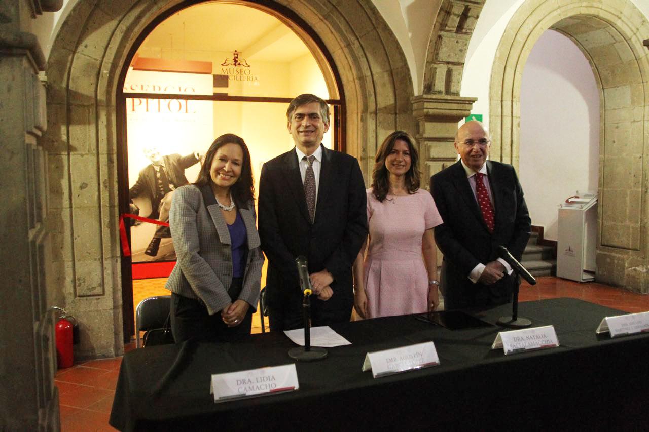 Dra. Lidia Camacho, Emb. Agustín García-López,, Dra. Natalia Saltalamacchia y Emb. José Luis Martínez