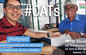 Servidora pública del CAT  atendiendo a Sujeto Agrario