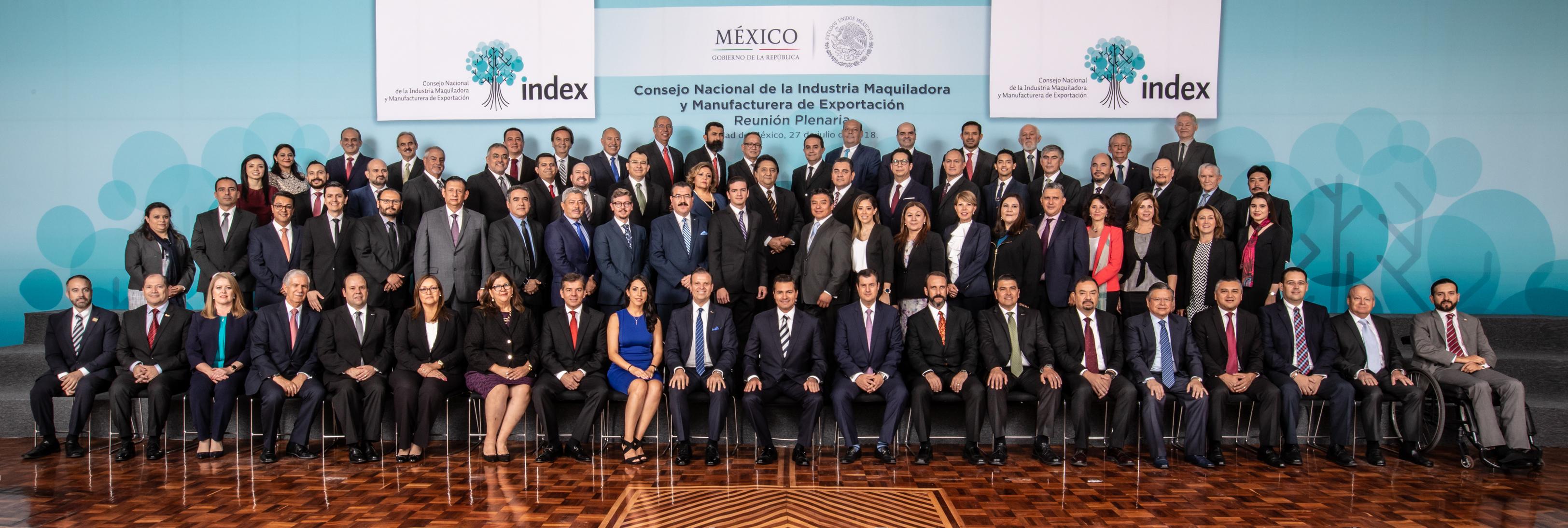 El Primer Mandatario refirió las políticas económicas que han favorecido el éxito de esta industria, la cual tiene un impacto muy notable en la generación de empleos y en el comercio de México con distintos países.