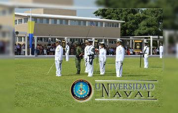 Autoridades Navales Presiden a la ceremonia de los alumnos de la generación 2015 – 2018.