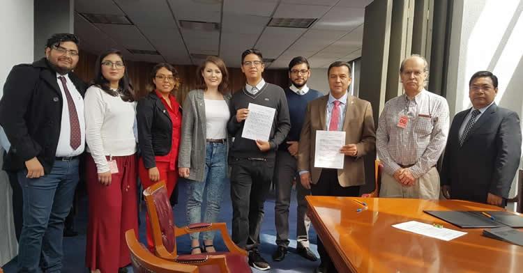 Con la cesión de derechos de material informativo audiovisual, alumnos de la Universidad Autónoma Metropolitana Xochimilco contribuirán al fomento de la cultura de donación de órganos y tejidos con fines de trasplante.