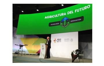 En uso de la palabra durante el evento, el Director General de AEM, Dr. Javier Mendieta Jiménez.