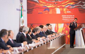 """""""De 2012 a 2017, México se posicionó como el cuarto país en el mundo con el mayor incremento del valor de su comercio exterior de mercancías"""": EPN"""