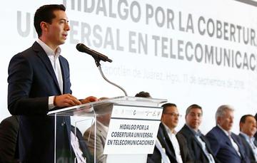 Hidalgo por la cobertura universal en telecomunicaciones.