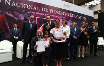 Al presidir la celebración del 47 Aniversario del Consejo, el subsecretario de Educación Básica, reconoció la importancia de la educación comunitaria.