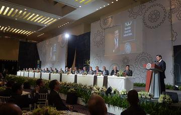 Juntos, sociedad y gobierno somos capaces de construir una nación donde nadie se quede atrás: Enrique Peña Nieto