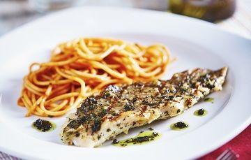Consumir pescado previene el riesgo  del desarrollo de enfermedades