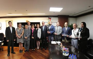 Reconoce el Conafe a la agencia turca TIKA por su apoyo a la educación comunitaria.