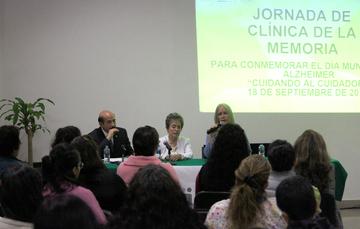 Dr. Sergio Salvaldor Valdés y Dra. Luz Esther Rangel.