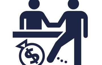 El extorsionador es quien sin derecho obligue a dar, hacer o dejar de hacer  algo para obtener un beneficio .
