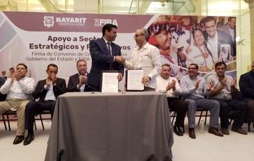 Firman FIRA y Gobierno de Nayarit convenio para impulsar las actividades agropecuarias y de turísticas del estado.