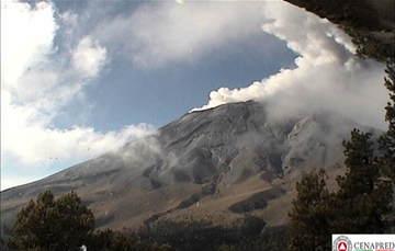 Se identificaron 49 exhalaciones, cinco explosiones, 442 minutos de tremor y dos eventos volcanotectónicos con magnitud preliminar de 1.9.