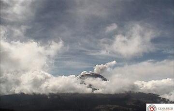 En las últimas 24 horas, por medio de los sistemas de monitoreo del volcán Popocatépetl se identificaron 64 exhalaciones acompañadas de vapor de agua, gas y ligeras cantidades de ceniza.