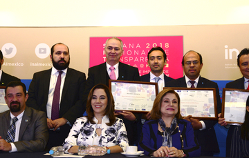 Sergio Forte, Director General Adjunto de Promoción de Infraestructura, recibió el Premio a la Innovación en Transparencia, otorgado por el Instituto Nacional de Transparencia, Acceso a la Información y Protección de Datos Personales