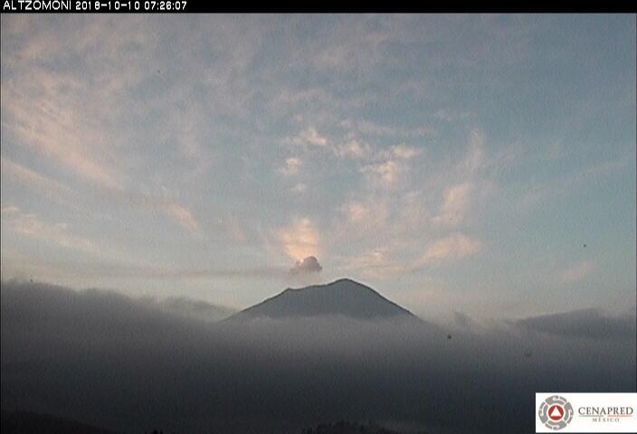 En las últimas 24 horas, por medio de los sistemas de monitoreo del volcán Popocatépetl, se identificaron 188 exhalaciones acompañadas de vapor de agua, gas y ceniza. También se registraron nueve explosiones y 293 minutos de tremor.