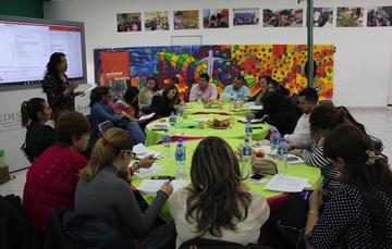 OSC trabajando en una reunión