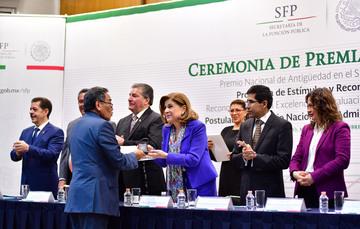 El servicio público ha contribuido a la estabilidad y modernidad del país: SFP