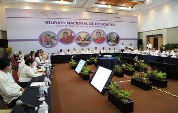 Clausura de la Reunión Nacional de Delegados del Conafe