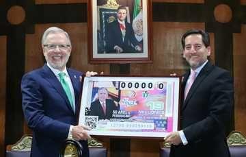 La Lotería Nacional para la Asistencia Pública (LOTENAL) dedicó su Sorteo de Diez No. 206 a la celebración por el 50° Aniversario de trayectoria periodística de Joaquín López-Dóriga