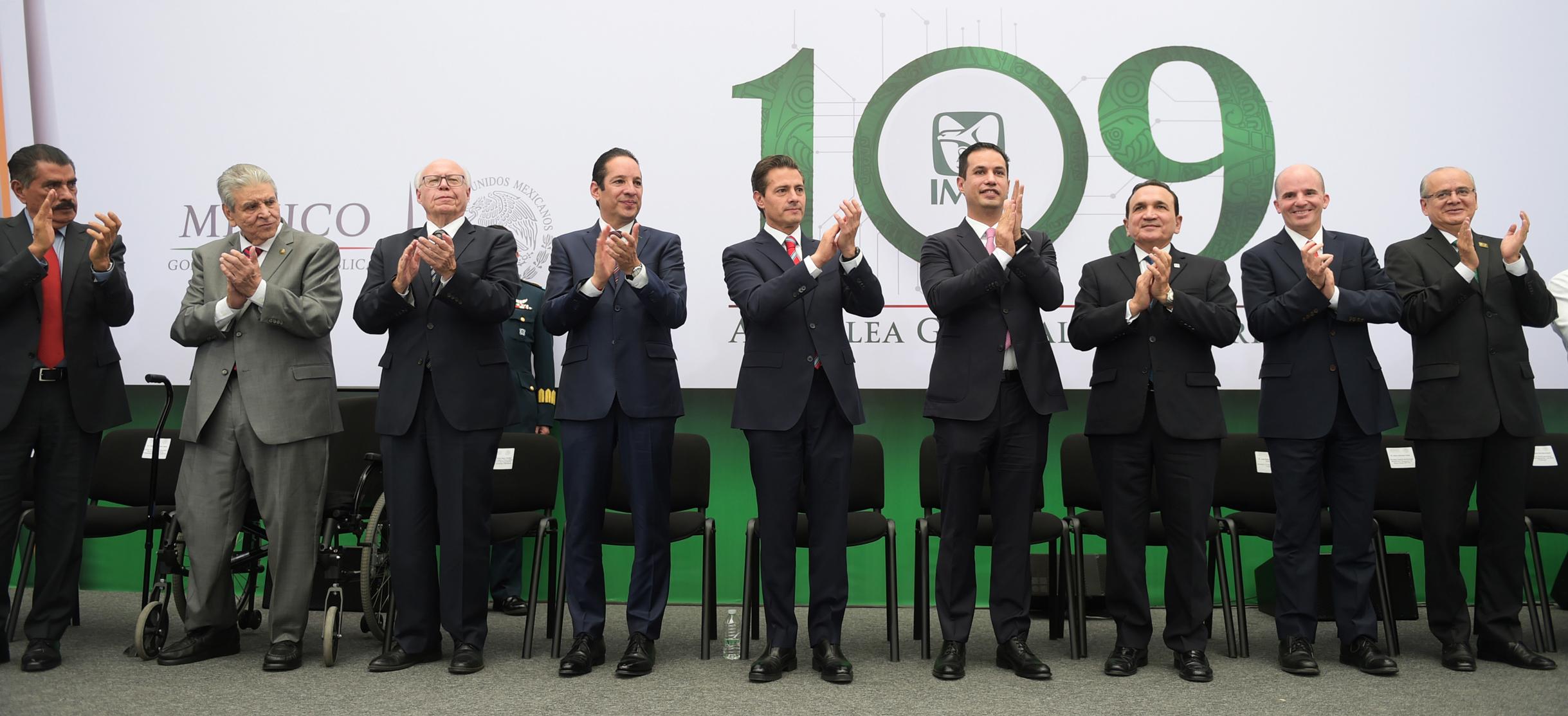 """""""Durante esta Administración, el Instituto Mexicano del Seguro Social vivió la transformación más grande que haya tenido en las últimas décadas"""": EPN"""